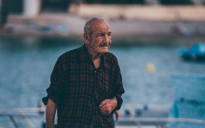 Alzheimer : Guide complet – Comment retrouver votre mémoire ?